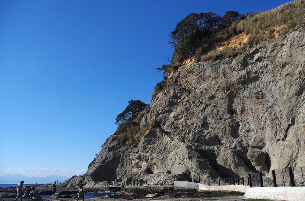江ノ島 崖