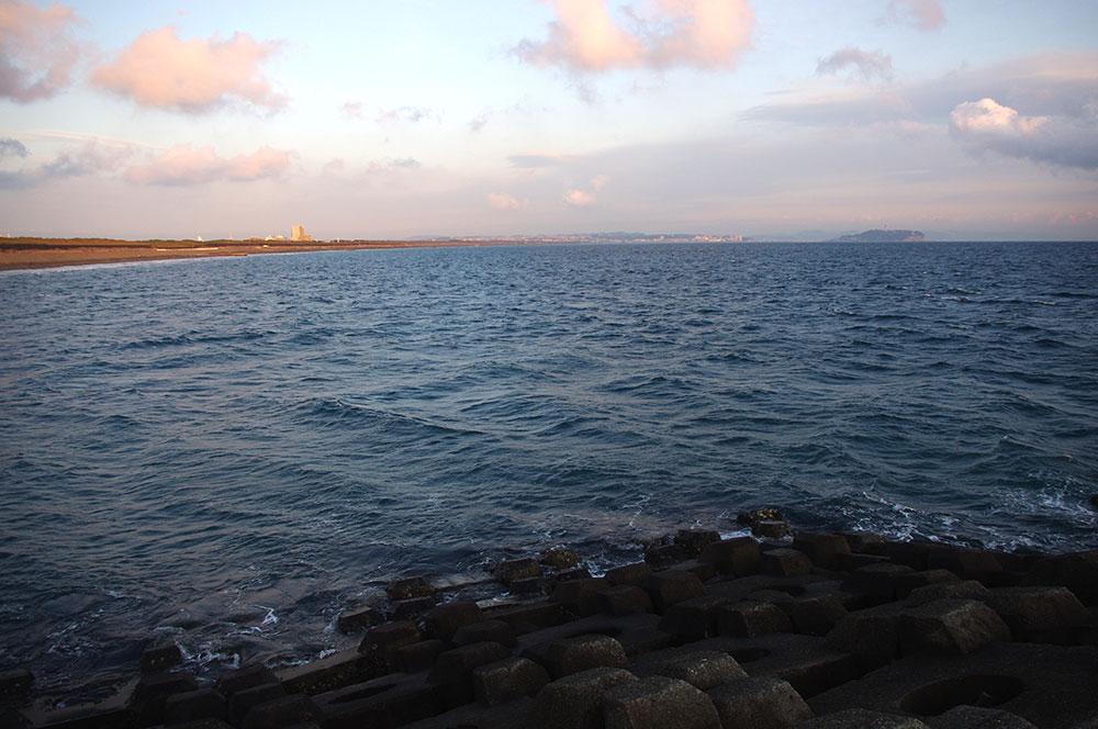 Tバーから江ノ島までの海岸