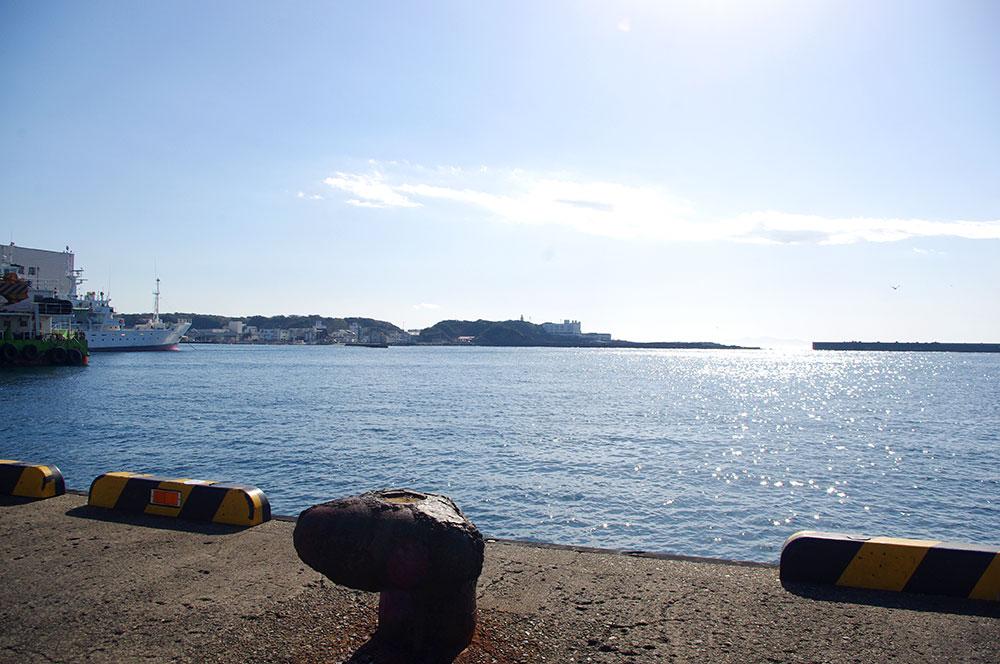 沖には城ヶ島