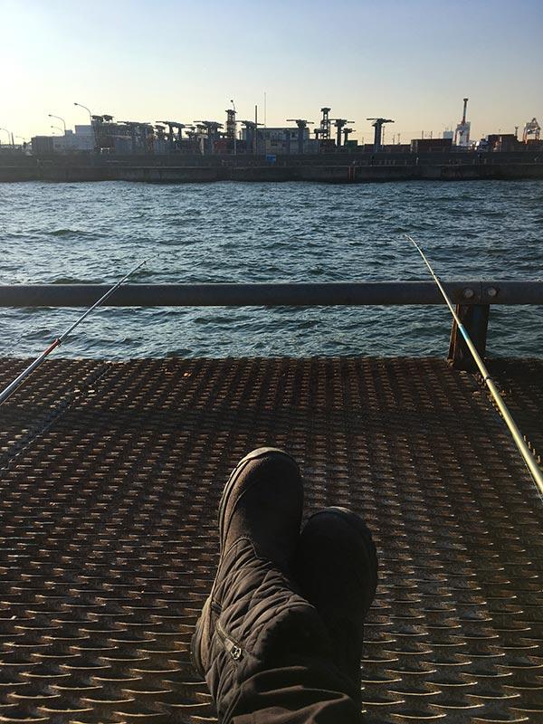 16時の本牧海釣り施設