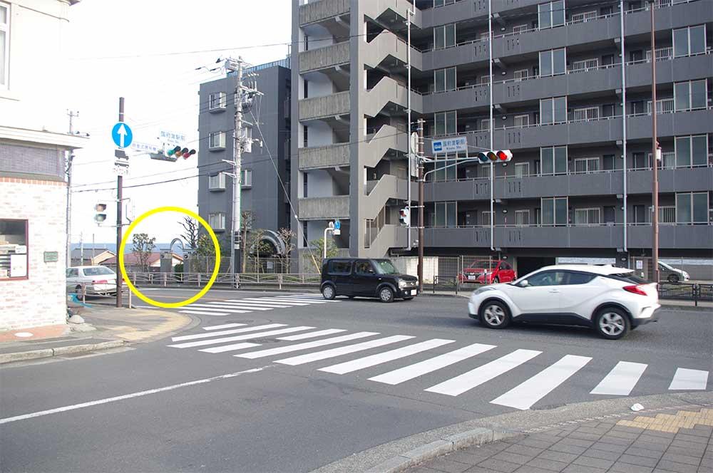 JR国府津駅前の交差点